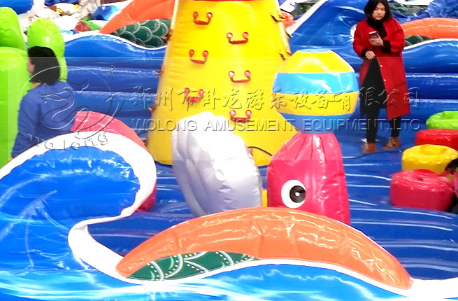 inflatable bouncer303